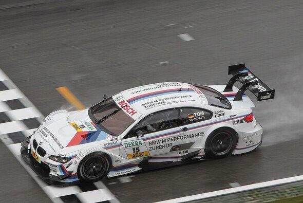 Martin Tomczyk gewann 2011 in Brands Hatch - Foto: RACE-PRESS