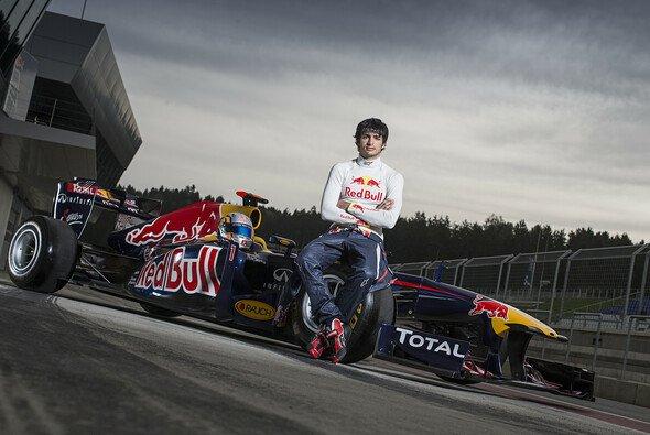 Sainz fährt doch in Monaco - Foto: Red Bull