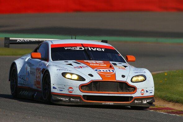 Der Aston Martin V8 Vantage des Young-Driver-Teams beim Sechs-Stunden-Rennen in Spa