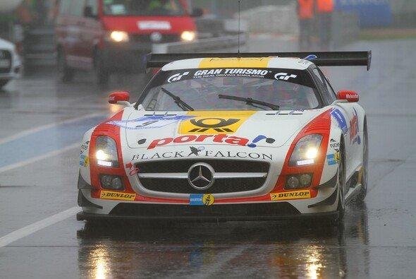 Mercedes hat die Führung beim 24-Stunden-Rennen übernommen