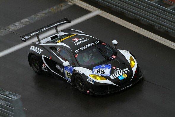 Der McLaren MP4-12C GT3 von Dörr Motorsport darf im Top-40-Qualifying starten