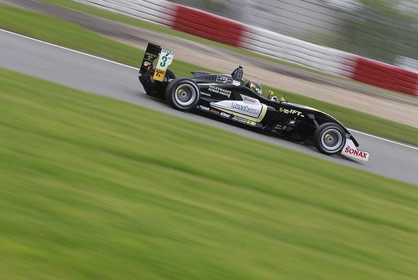 Marvin f�hrt f�r Top-Team Lotus im Formel 3 Cup - Foto: F3V