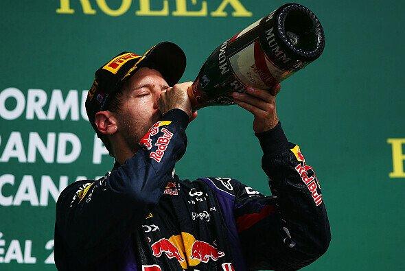 Sebastian Vettel hat seinen Vertrag verlängert - Foto: Red Bull