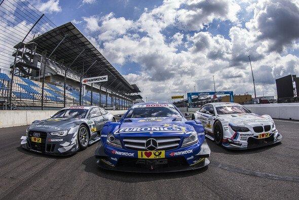Audi und BMW jagen Mercedes - Foto: DTM