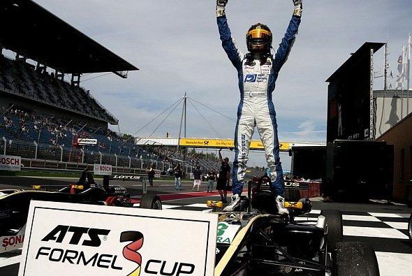 Das Team Motopark Lotus mischt den Formel 3 Cup mächtig auf