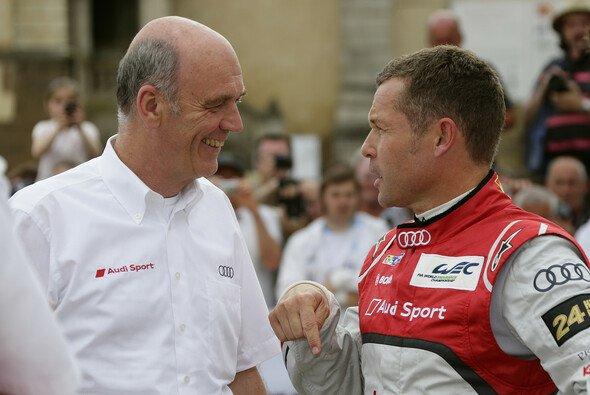 Tom Kristensen (rechts) im Gespräch mit Audi-Motorsportchef Dr. Wolfgang Ullrich