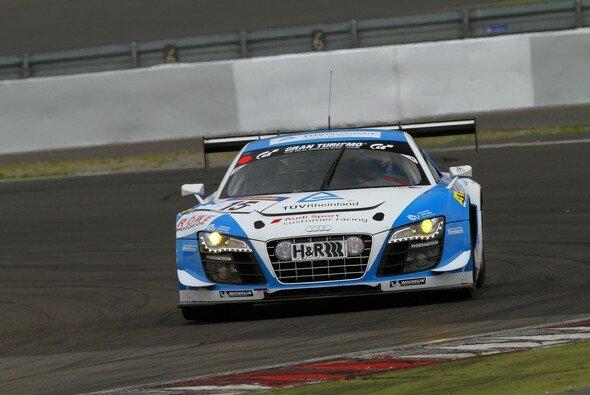 Phoenix Racing belegte beim dritten VLN-Lauf die Positionen eins und drei