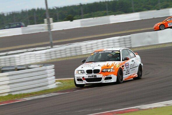 Dirk Adorf startet im rent2Drive-BMW