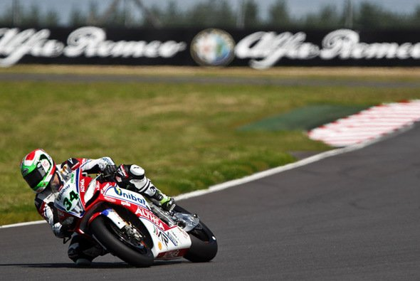 Davide Giugliano fuhr erstmals auf die Pole Position - Foto: Althea Racing