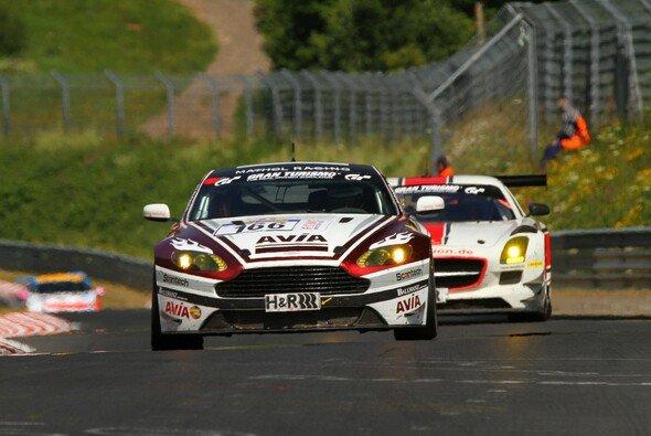 AVIA racing war beim Regenrennen in der Eifel erfolgreich