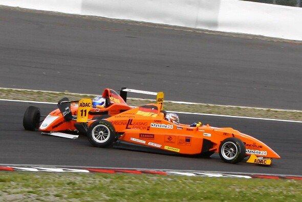 Das Aus für Fabian Schiller im zweiten Rennen, infolge einer Kollision mit Hendrik Grapp.