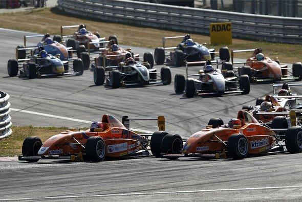 Alessio Picariello feiert neunten Sieg im 14. Rennen