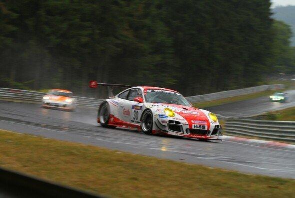 Der Frikadelli-Porsche schied vorzeitig aus - Foto: Patrick Funk