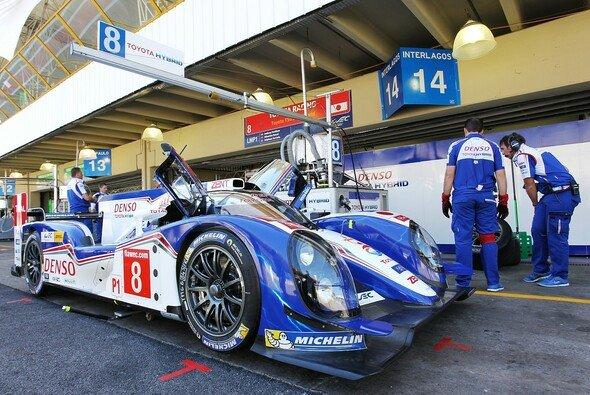 Toyota Racing wirft Audi den Fehdehandschuh noch einmal hin - Foto: Toyota Motorsport GmbH