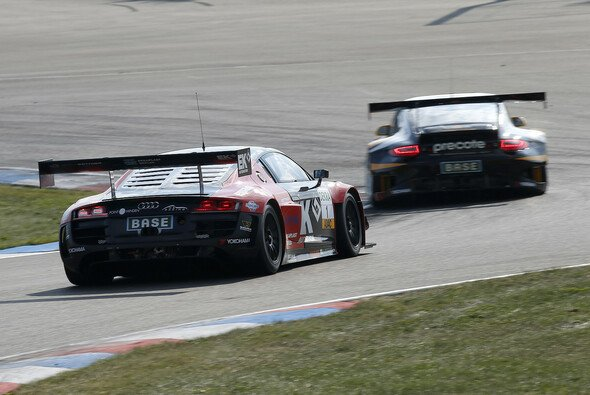 Titelverteidiger Sebastian Asch fährt in dieser Saison der Konkurrenz bei den ADAC GT Masters meist hinterher.