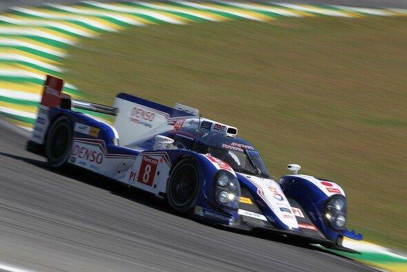Der toyota TS030 Hybrid fuhr nur 35 Minuten - Foto: Toyota Motorsport GmbH