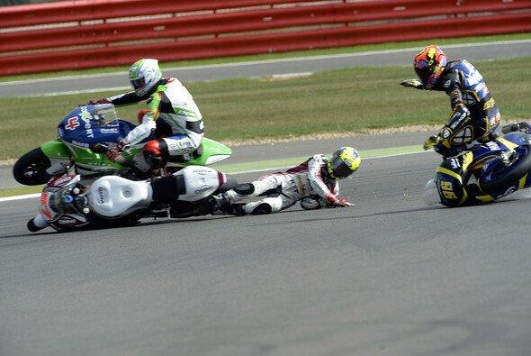 Nach seinem schweren Sturz in Silverstone fehlte Randy Krummenacher zwei Monate.