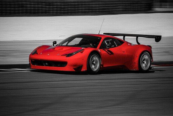 Pierre Kaffer steuer den GT3-Ferrari in der VLN