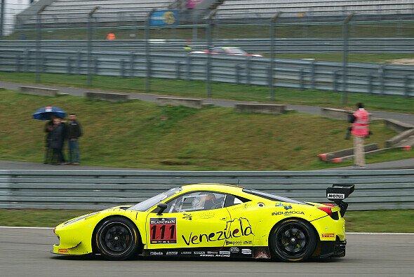 Ein Kessel-Ferrari im Rahmen der Blancpain-Langstreckenserie auf dem Nürburgring