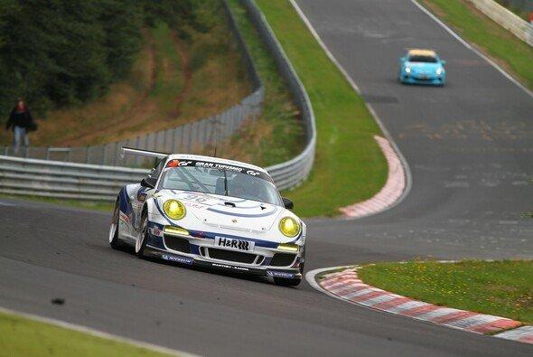 Christian Menzel und Wolfgang Kohler fahren den Cup-Porsche von Manthey