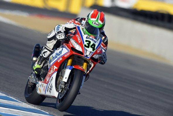 Für Davide Giugliano wäre der zweite Lauf fast das Rennen seines Lebens geworden, aber eben nur fast. Wir sind schließlich in der Superbike-WM