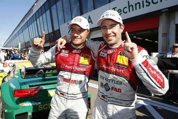 Timo Scheider und Mike Rockenfeller wechsel Audi gegen Fahrrad