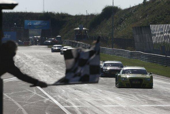 In Zandvoort wurde allerhand Action geboten - Foto: RACE-PRESS