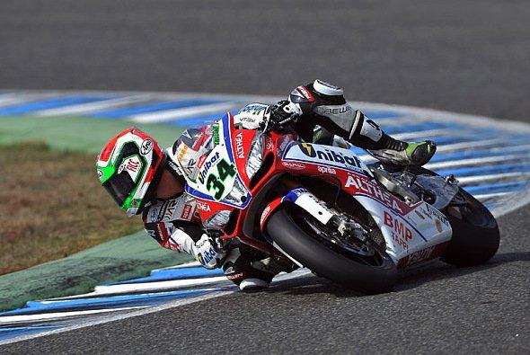 Davide Giugliano startete mit der ersten Qualifying-Bestzeit ins Jerez-Wochenende.