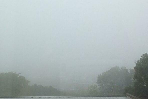 Das japanische Wetter sorgte schon am Freitag für eine erste Verzögerung - Foto: Twitter/Box Repsol