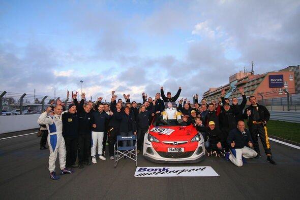 Bonk motorsport hatte eine erfolgreiche Saison mit Schattenseiten