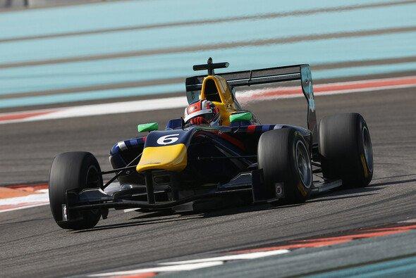 Patric Niederhauser testete in Abu Dhabi GP3-Boliden