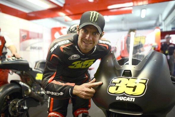 Bei den Tests in Valencia pilotierte Crutchlow erstmals die Ducati
