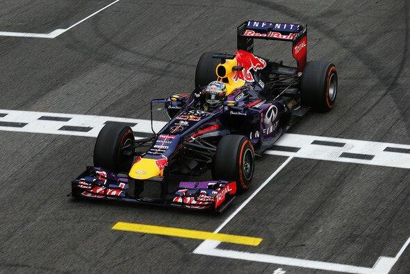 Für seinen diesjährigen Brasilien-Erfolg hätte Sebastian Vettel nach neuem Reglement 50 Punkte bekommen - Foto: Red Bull
