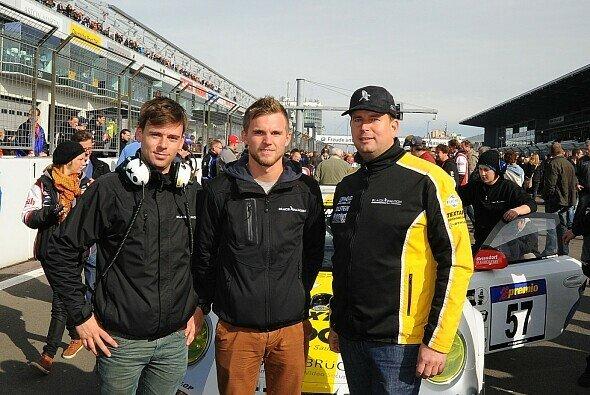 Christian Schmitz (mitte) startet 2014 für Black Falcon
