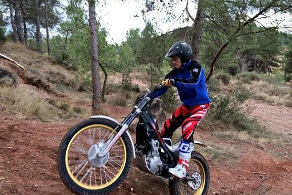 Stefan Bradl trainiert Motorcross, um 2014 wieder vorn dabei zu sein