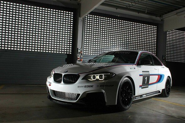 Wiegt der BMW M235i Racing zu viel?