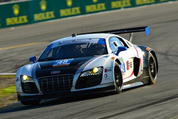Der Paul-Miller-R8 um Haase und Rast auf der Piste am Daytona Beach - Foto: Audi