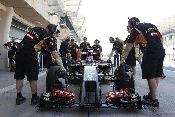 Mehr Zeit in der Boxengasse als auf der Strecke: Lotus' neuer E22