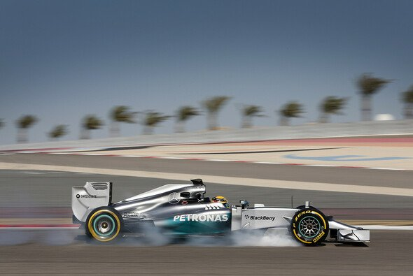 Auch in der Wüste Bahrains ist Lewis Hamilton Topfavorit auf den Sieg