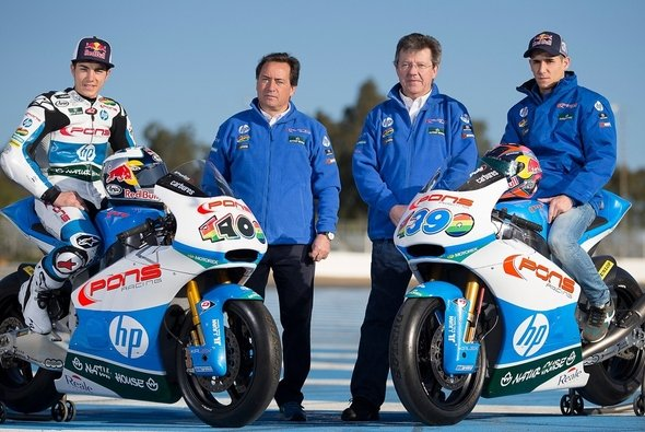 Sito Pons mit Maverick Vinales (links) und Luis Salom (rechts)