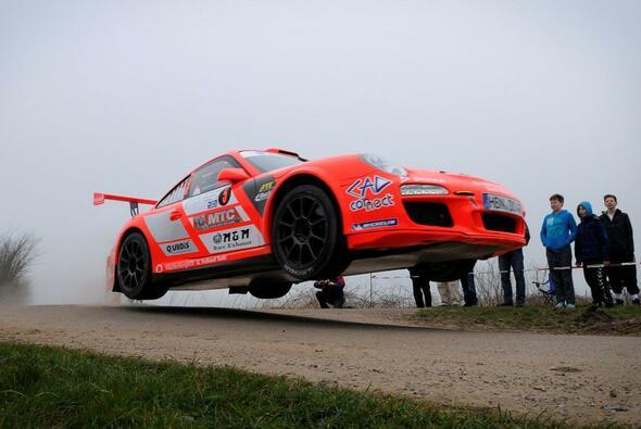 Das Duo in seinem Porsche GT3 erhält viel Zuspruch