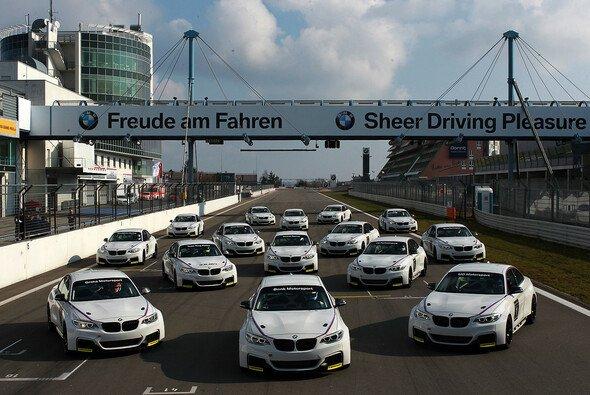 Endlich: der neue BMW M235i Racing wurde am Nürburgring ausgeliefert