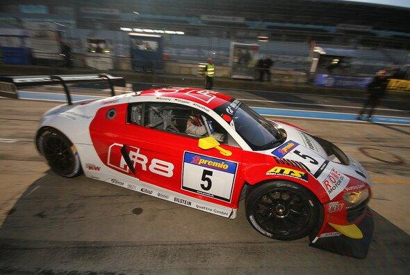 Der Phoenix-R8 um Marc Besseng, Frank Stippler und FIA-GT-Champion Laurens Vanthoor - Foto: Patrick Funk