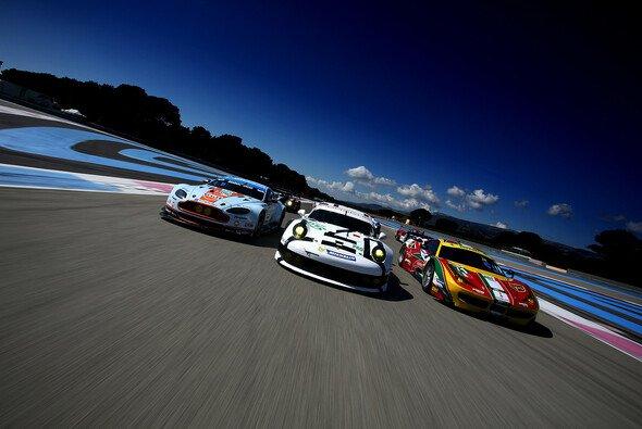 Die GT-Autos mussten neu aneinander angeglichen werden - Foto: Adrenal Media