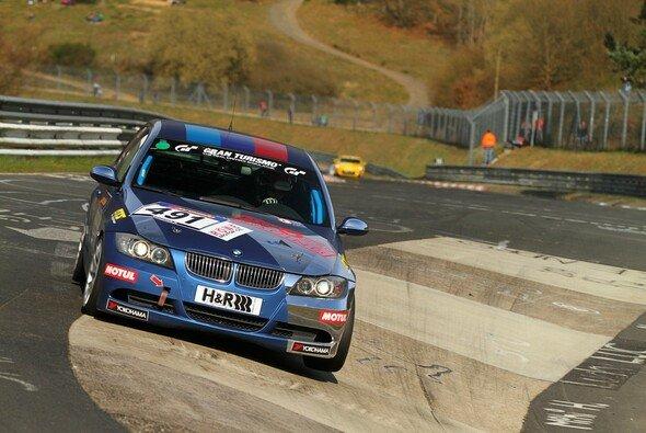Rent4Ring startet mit drei Autos in den dritten VLN-Lauf