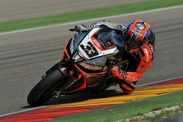 Marco Melandri platzierte seine RSV4 an der Spitze