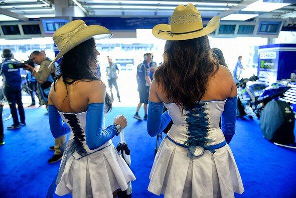 In Texas tragen auch die Frauen Hüte