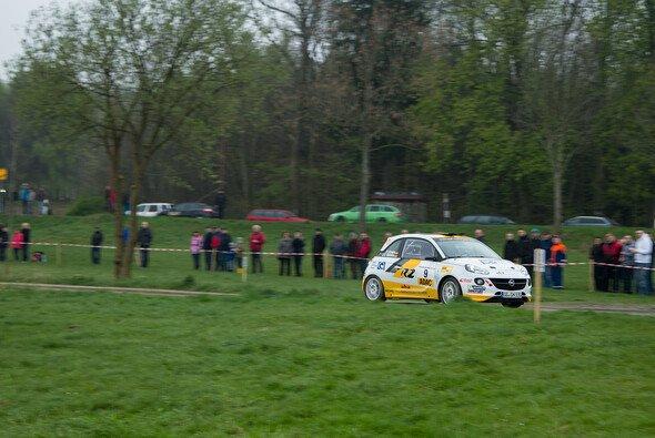 Fabian Kreim gewann überlegen die Wertungen in der Division 7 des ADAC Rallye Masters