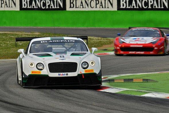 Mit der GT3-Wuchtbrumme Continental GT fordert Bentley 2015 Audi, Porsche und Co. auf dem Nürburgring heraus