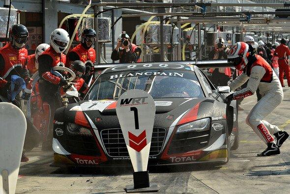 Der WRT-Audi um Basseng, Ramos und Vanthoor beim Aufgalopp der Langstreckenserie in Monza